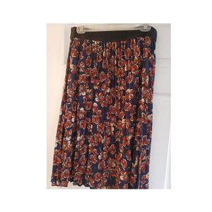 Lg Lularoe Mid Length Skirt
